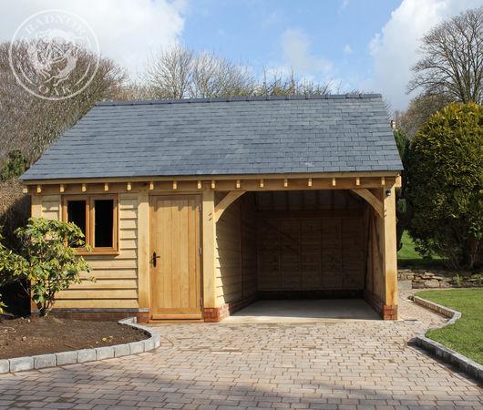 Small oak workshop manufactured by Radnor Oak