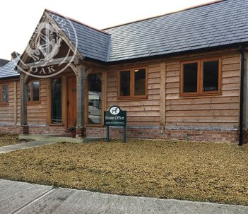 Radnor Oak manufactures traditional office buildings for rural business.
