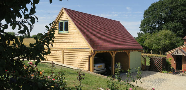 Oak garages by Radnor Oak in Worcestershire