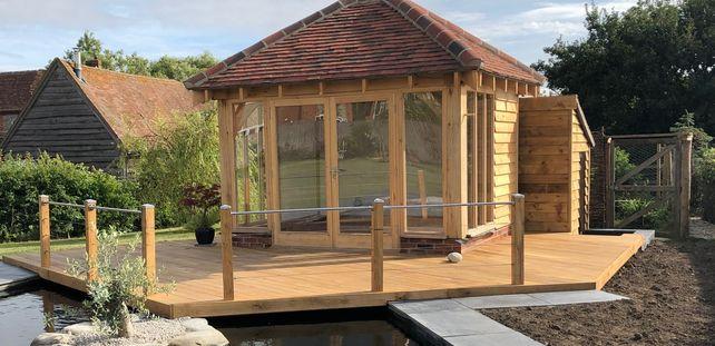 oak garden office and summerhouse Surrey