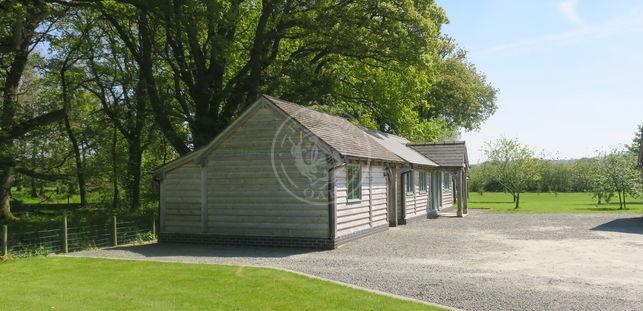Oak Garage and Workshop | Kinsham | Show Site | Radnor Oak