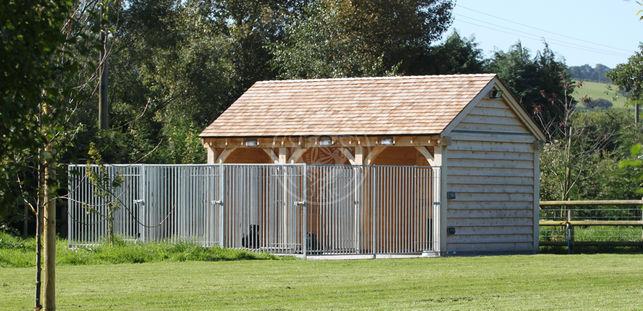Bespoke Oak Framed Dog kennel | Ceder Shingle Roof | Radnor Oak