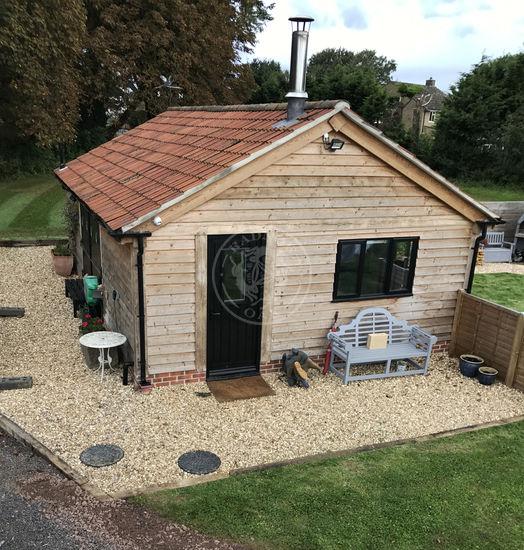 Garden Annexe | Accommodation | Radnor Oak | Air B&B | Guest Accommodation