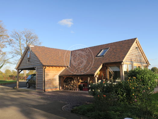L-Shaped Complex | Accommodation | Family Room | Air B&B and Guest Accommodation | Home Office | Radnor Oak