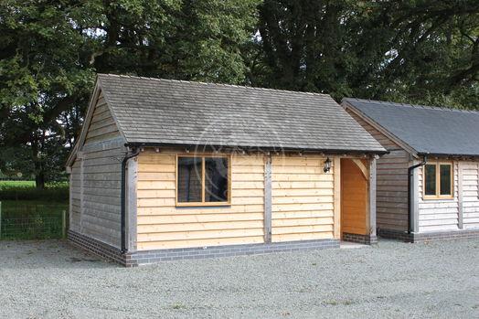 Oak Garage and Workshop   Kinsham & Bespoke Walton   Radnor Oak