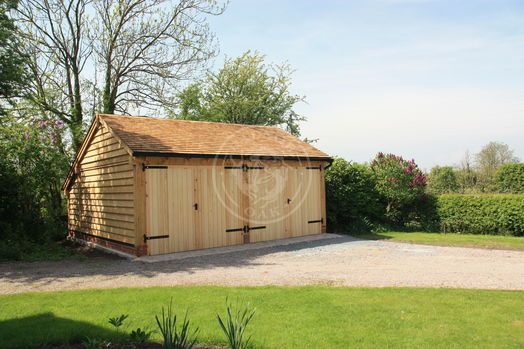 Enclosed 2 Bay Garage With Double Doors and a cat-slide rear | Lucton | Carport |  Radnor Oak