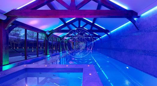 Oak Framed Pool House | Bespoke Oak Framed Buildings | Radnor Oak