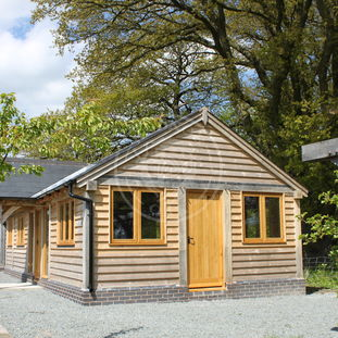 Traditional Garden Annexe with a Porch | Oak Frame Granny Annexe | Radnor Oak | Air B&B and Guest Accommodation