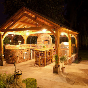 Large Oak framed Pavilion | PL001 | Radnor Oak Buildings | Outdoor Entertaining